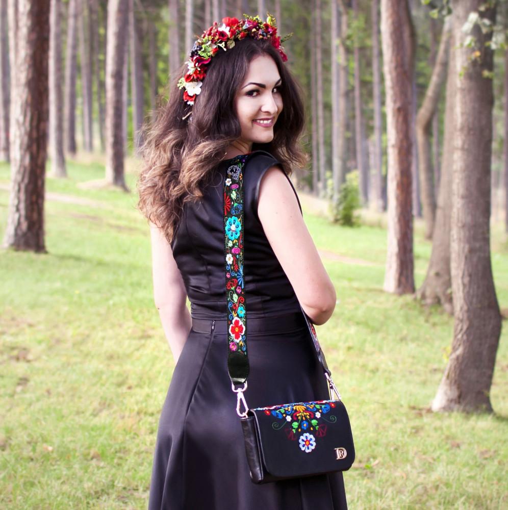 """Lydia """"ČERNÁ-FOLK"""""""